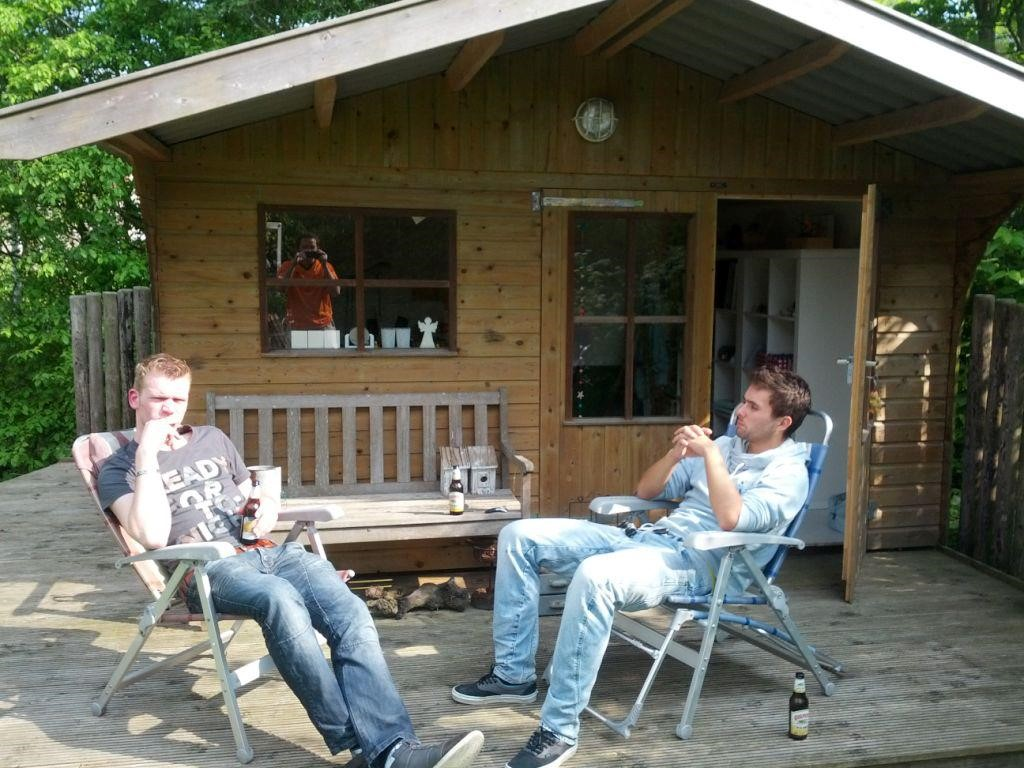 jorrit en freek in MediaSoeps tuinhuisje